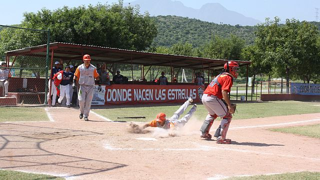 Laguna-Laredo dejó en el terreno a Tabasco-Campeche en Liga Rookie