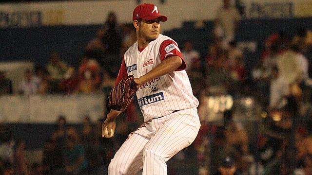 Sergio Valenzuela, lanzador de Venados de Mazatlán
