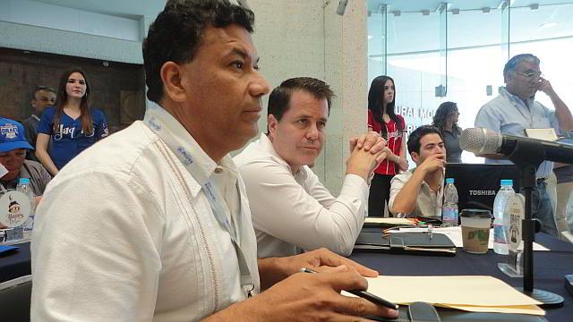 Mesa de trabajo del club Venados de Mazatlán en el Draft 2011