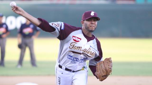 Andrés Iván Meza, pitcher de Tomateros de Culiacán