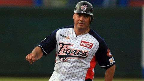 Pedro Castellano de Tigres de Quintana Roo