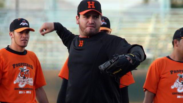 Edgar González, pitcher de Naranjeros de Hermosillo