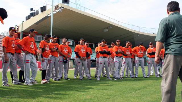 Naranjeros de Hermosillo iniciaron sus entrenamientos en el estadio Héctor Espino