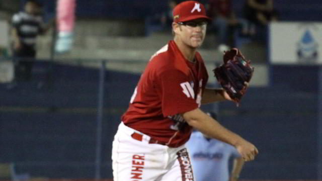 Mauricio Tabachnik pitcher de Venados de Mazatlán