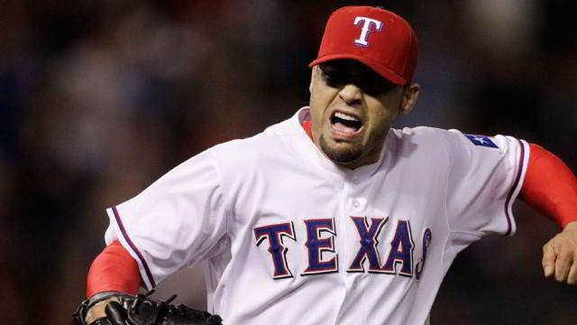 Michael González, pitcher de Rangers de Texas