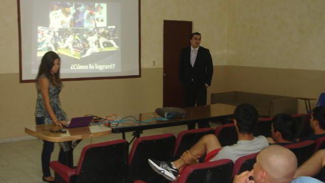 Conferencia de Educación para la Salud en la Academia de la Liga Mexicana