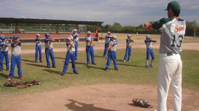 Visita de la Liga Pequeña Iturbiazul a la Academia de la Liga Mexicana de Beisbol
