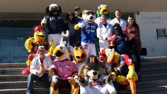 Mascotas de la Liga del Pacífico en el Hospital Infantil del Estado de Sonora