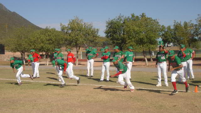 Selección Juvenil de México entrenando en la Academia de la Liga Mexicana