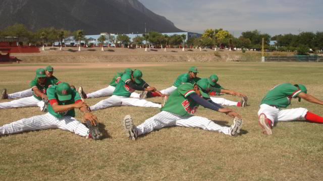 Entrenamiento de la selección juvenil de México en la Academia de la Liga Mexicana