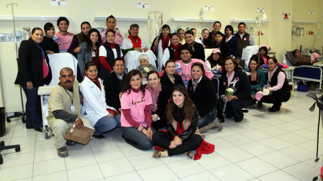 Equipo Águilas en el Hospital Oncológico de Mexicali