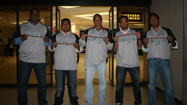 Chileros de Xalapa donando al Teletón 2011