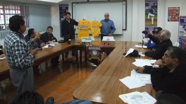 Presentación de Acereros de Monclova ante los medios de comunicación