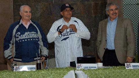 José Maiz, Lino Rivera y Roberto Magdaleno de Sultanes de Monterrey