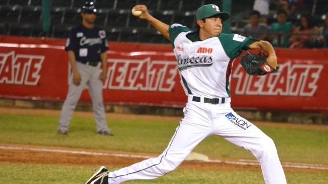 Ángel Araiza, pitcher de Olmecas de Tabasco ante Delfines