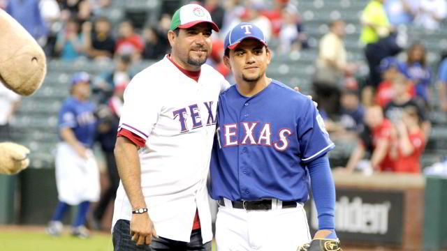 Benjamín Gil y José Félix en Arlington, Texas