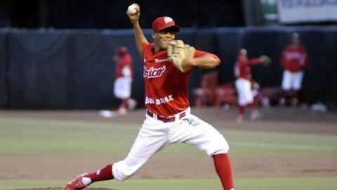 Juan Sandoval, pitcher de Diablos Rojos del México
