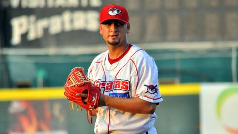 Miguel Ruiz, pitcher de Piratas de Campeche ante Olmecas