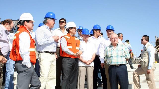 Visita del Gobernador Padrés y directivos al estadio Sonora