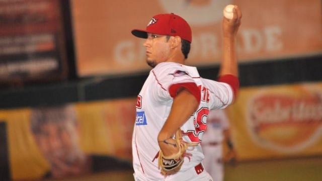 Héctor Velázquez, pitcher de Piratas de Campeche ante Vaqueros