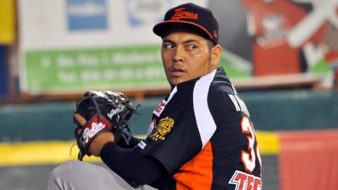 José Miguel Ramírez, pitcher de Tigres de Quintana Roo en Campeche