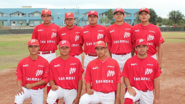 Jugadores de MEXOAX en la Liga Clase AA de la Academia LMB