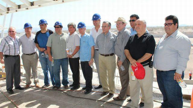Visita de supervisión de directivos a la construcción del Estadio Sonora