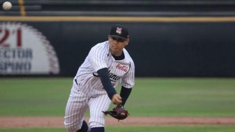 Walter Silva, pitcher de Sultanes de Monterrey ante Piratas