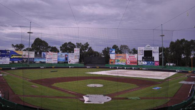 Lluvia en el Estadio Hermanos Serdán de Puebla