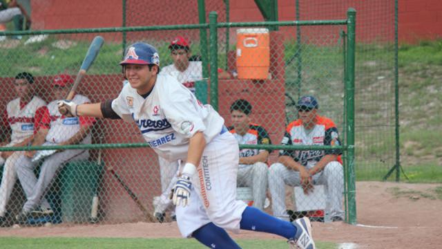 Manuel Figueroa de MVATIJ en la Liga Clase AA